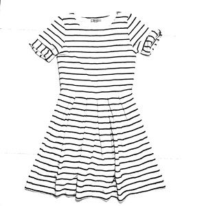 {Anthropologie} Bordeaux SS Striped A-Line Dress